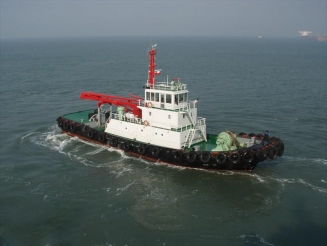 3,400 PS Harbour tug boat for sale