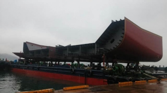 4,975 dwt ballastable deck barge for sale